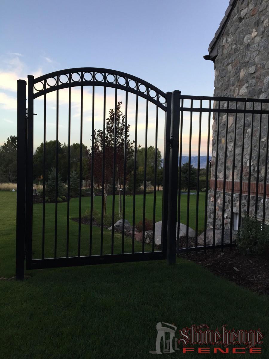 Aluminum Fencing The Best Fences Amp Decks In Utah
