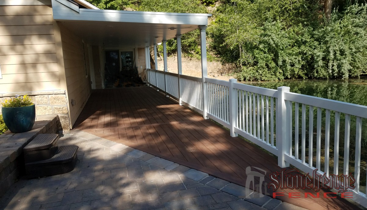 2017-07-24 decking railing002