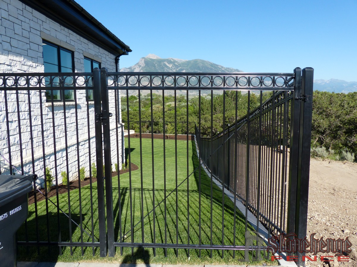 iron-fencing010