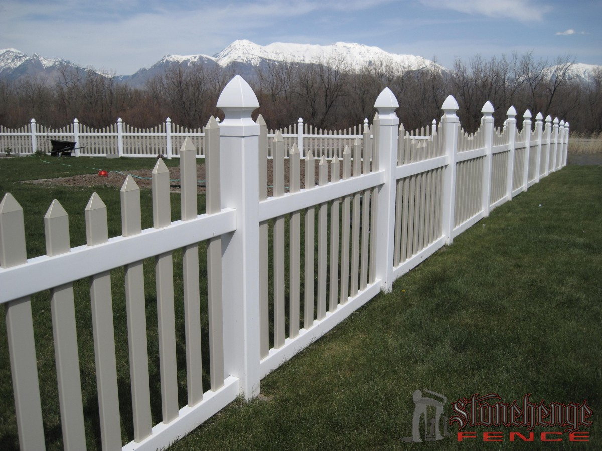 Vinyl Fencing Pictures