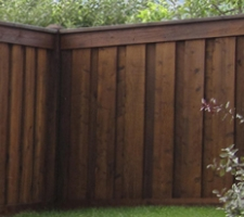 A picture of a wooden fence