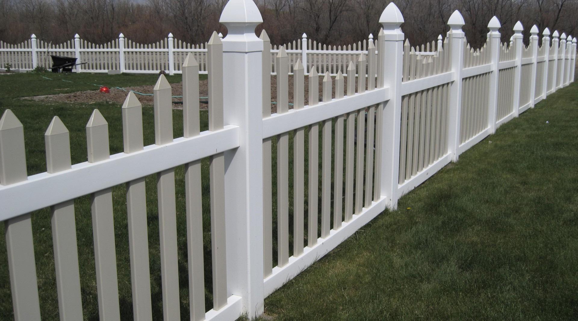 High Quality Vinyl Fences in Utah