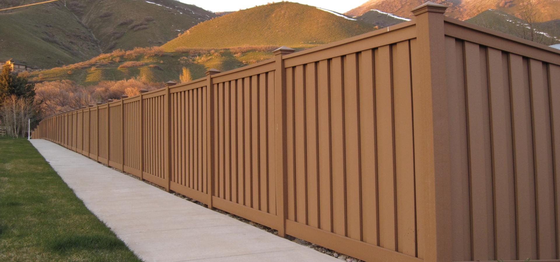 Trex & Simtek Fences & Decks